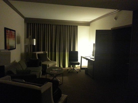 InterContinental Chicago Magnificent Mile: Living Room