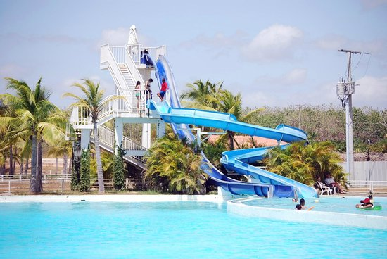Hotel Playa Blanca Beach Resort: tobogan lindo para adultos