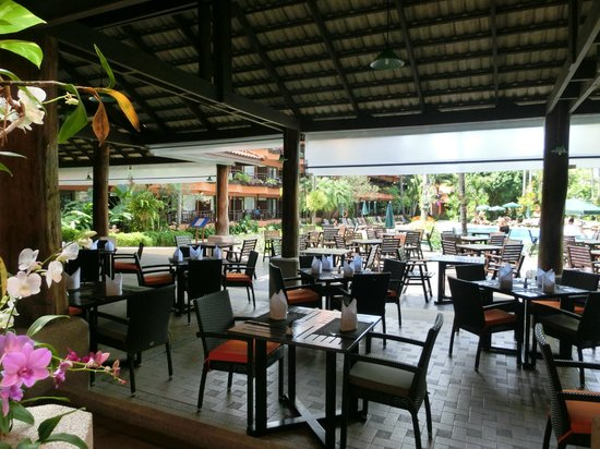 Patong Merlin Hotel: Another of dining area