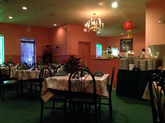 Woodstock, IL: Dining room