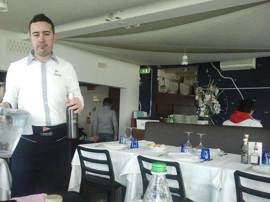 Club Nautico: il gentilissimo cameriere