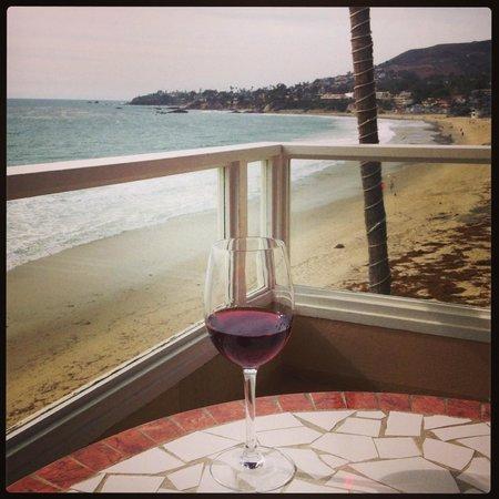 Pacific Edge on Laguna Beach, a Joie de Vivre Hotel: View of surrounding coast from balcony