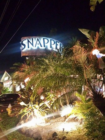 Snappers Sea Grill : Snappers