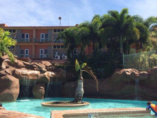La piscina picture of hotel cielo mar aguadilla for Hotel cielo mar ofertas familiares