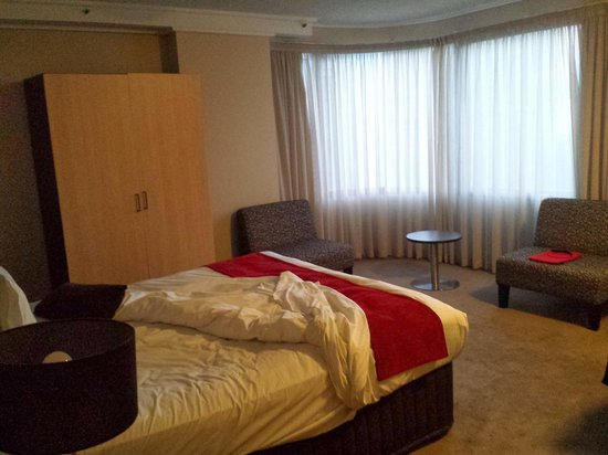 The Swanston Hotel, Grand Mercure: Bedroom 1 - King Bed