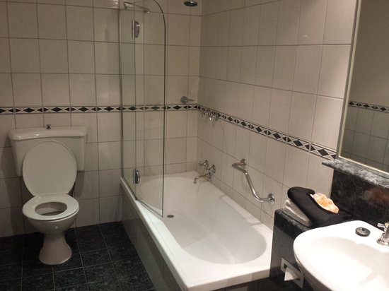 The Swanston Hotel, Grand Mercure: Bathroom / Toilet
