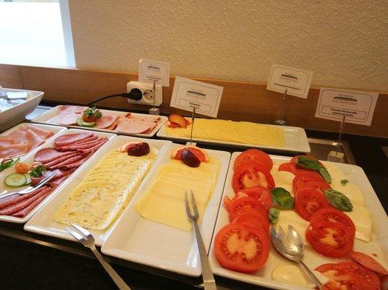 Hotel Sachsen Anhalt: Frühstücksbuffet