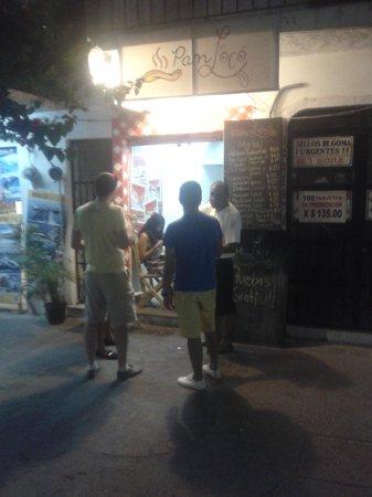 Pan Loco: At night