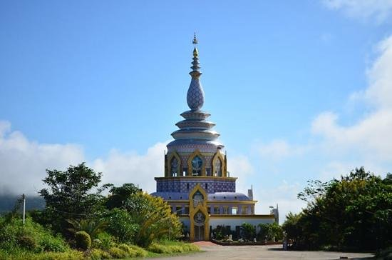 Thaton, Thailand: เจดีย์แก้ว