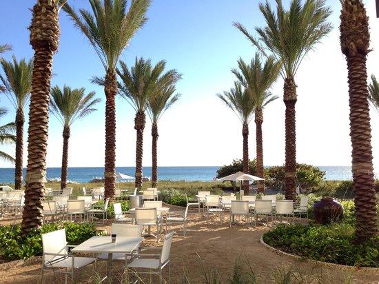 Grand Beach Hotel Surfside : Beach view