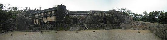 Tamaudoun Site: 玉陵(パノラマ撮影で撮りました)