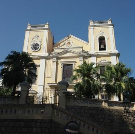 St. Lawrence's Church: 正面