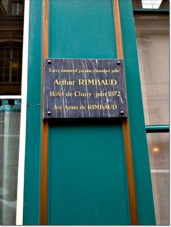 Hotel Cluny Sorbonne: Rimbaud esteve aqui