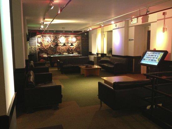 Hostelling International - New York: Sala de Estar
