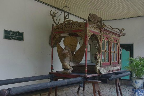 Kraton Yogyakarta: Royal cart