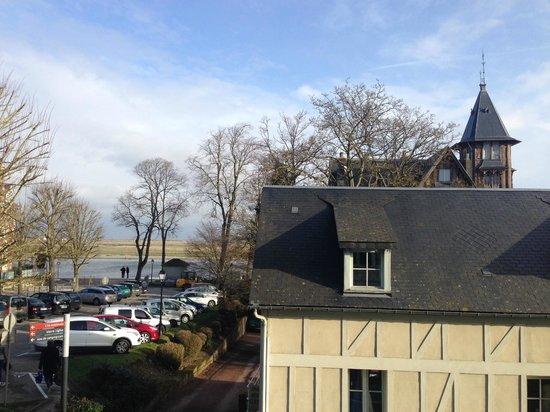 Hôtel Picardia : La vue de la chambre au premier étage.