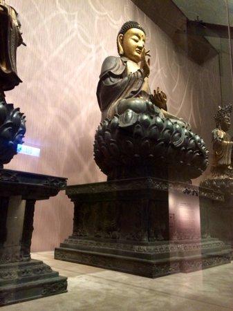 Museo del Palacio Nacional: Buddha