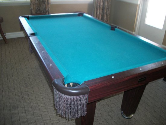 Coral Cay Resort: Pool Table