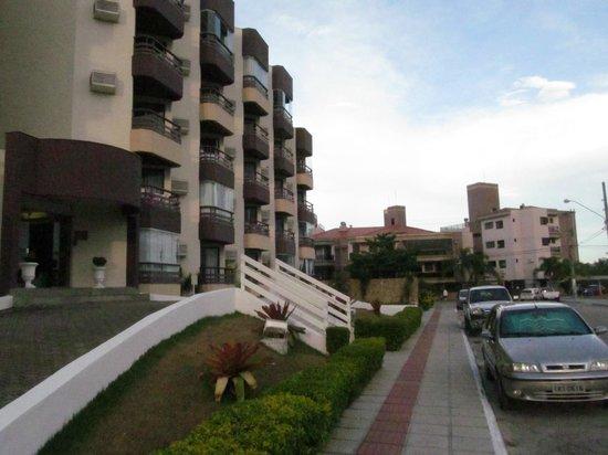 Floripa House Apartments: frente 3