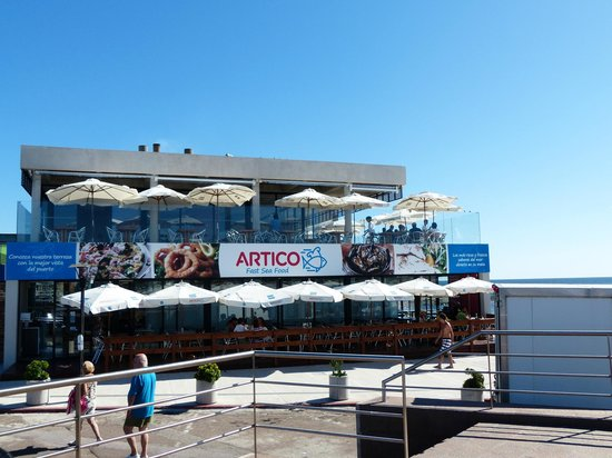 Artico: Exterior del local