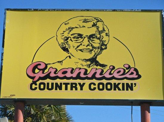 Grannies Restaurant: Sign