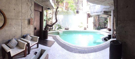 MO Rooms: Pool