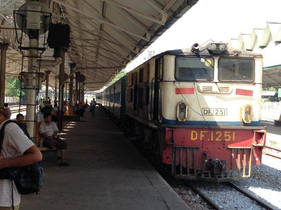 Yangon Circular Train: Circular Train in Yangon