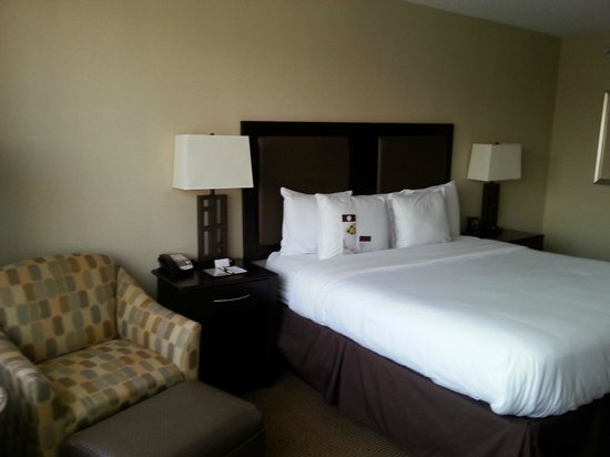 DoubleTree by Hilton Hotel Tinton Falls - Eatontown: Room 2