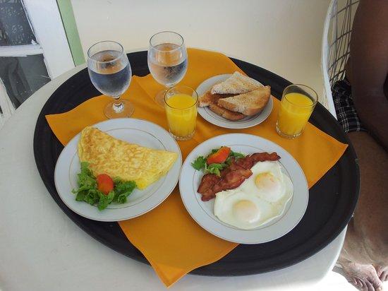 City View Hotel: breakfast