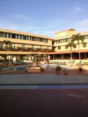Plaza Hotel Curacao: piscina