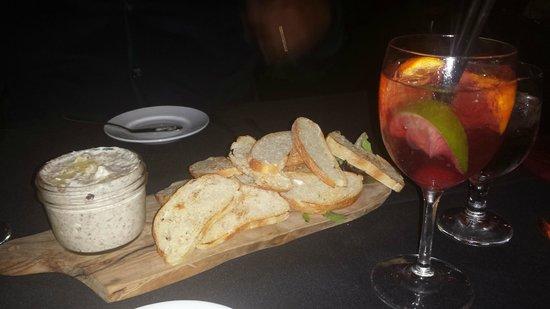 Stella Italianfare La Jolla: Mushrooms, Parmigiano & Truffle Infusion Spread