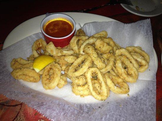 Za'Za' Restaurant: fried calamari