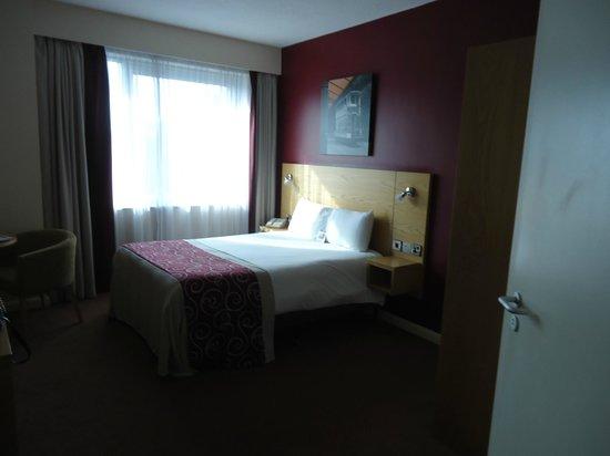 Jurys Inn Sheffield: Standard room