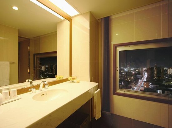 Hotel Castle Yamagata: エグゼクティブツイン バスルーム
