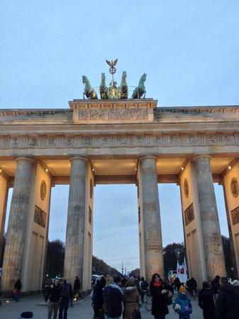 Hilton Berlin: The Brandenburg Gate