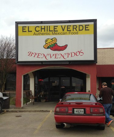El Chile Verde: the front of the restaurant