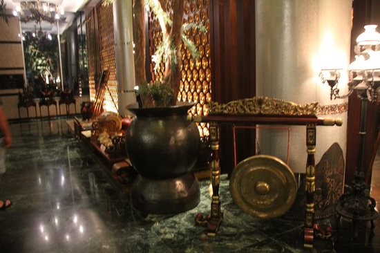 The Royal Surakarta Heritage Solo - MGallery Collection: Lobby area