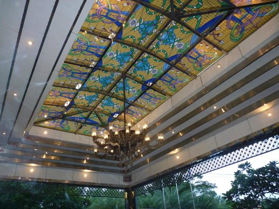 The Royal Surakarta Heritage Solo - MGallery Collection: Driveway entrance ceiling