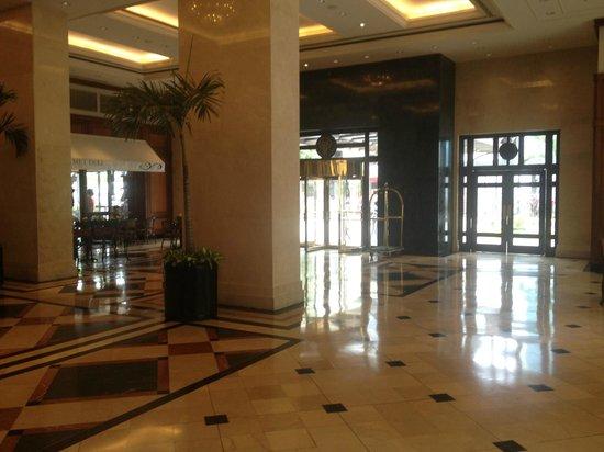 Hotel Oro Verde Guayaquil: Hotel Foyer