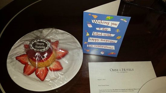 Omni Los Angeles at California Plaza: Birthday Treat from the Omni!