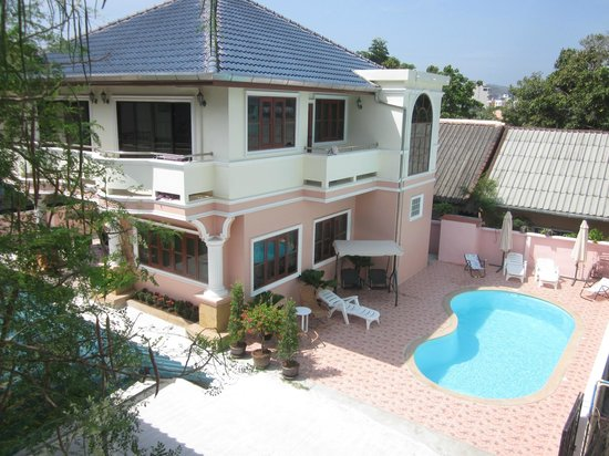 Bella Tropicana Hotel & Guesthouse: Villa with Swimming Pool