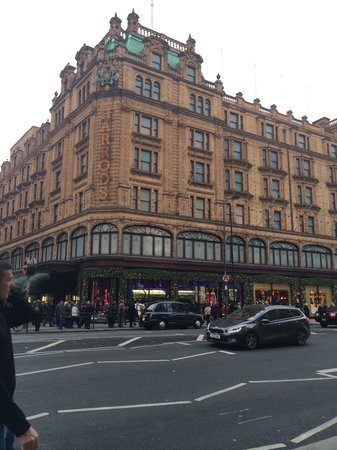 Rydges Kensington London: Harrods