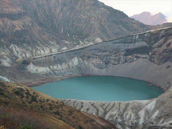 Okama Crater: お釜 噴火口3