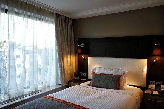 DoubleTree by Hilton - London Hyde Park : Single bedroom