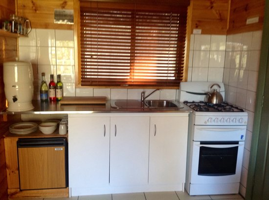 Lumera Chalets: Self contained clean kitchens.