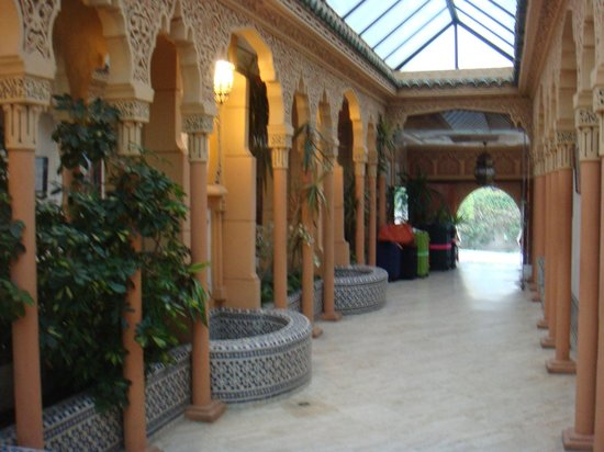 Hotel Fes Inn - Sodetel: フロント前の空間