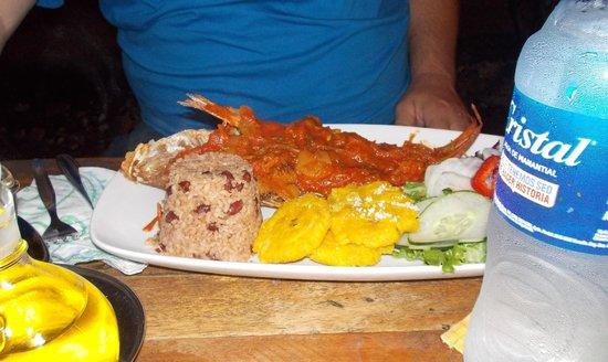 Flip Flop Restaurant: The 'large' red snapper