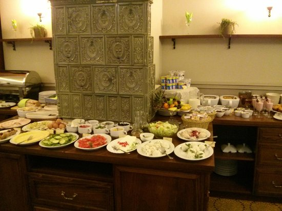 Amber Hotel : Breakfast