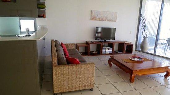The Dunes Cotton Tree: Lounge Room