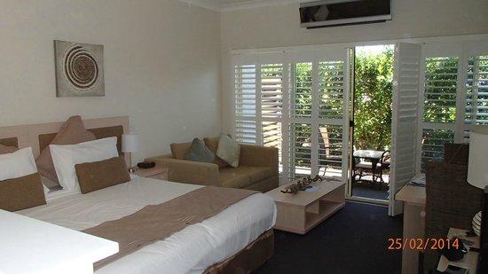 Oaks Pacific Blue Resort : chambre luxueuse